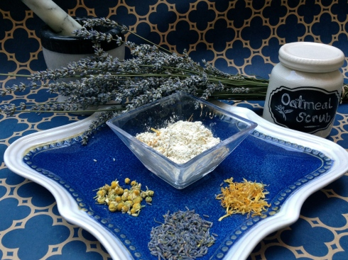 oatmeal, chamomile, lavender, and calendula make up